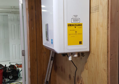 40-gallon-conventional-hot-water-heater-006